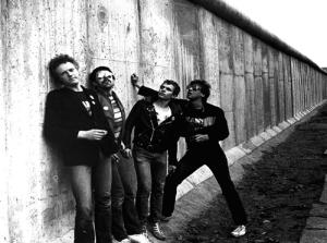 PVC an der Berliner Mauer (1978)